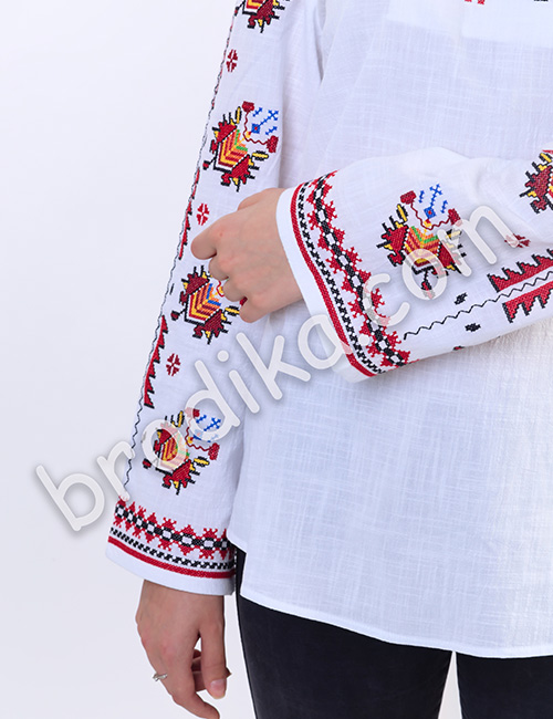 """Дамска тракийска риза """"Богатина"""" 2"""