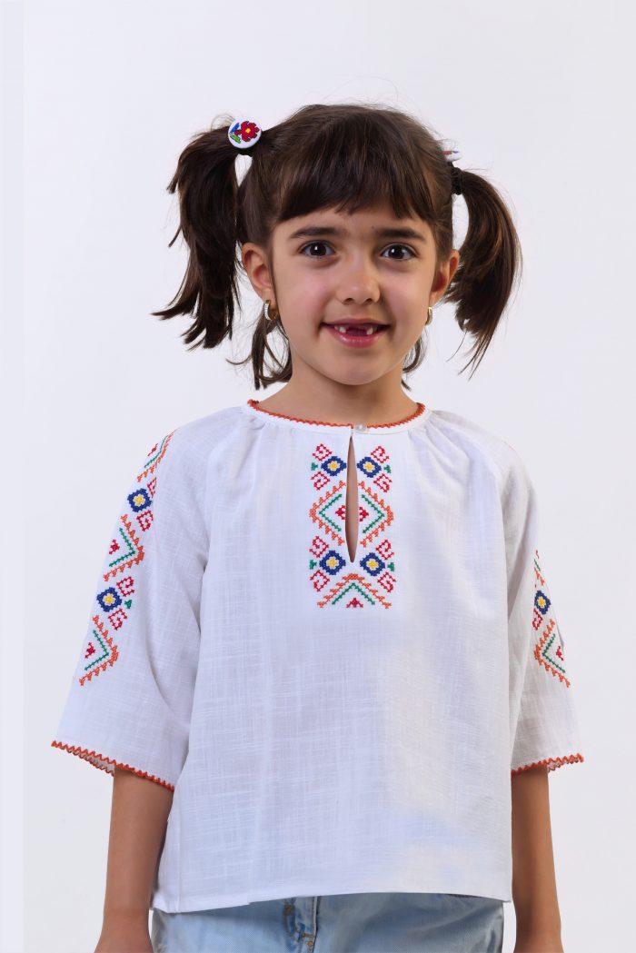 """Детска риза """"Пъстра плетеница"""" 1"""