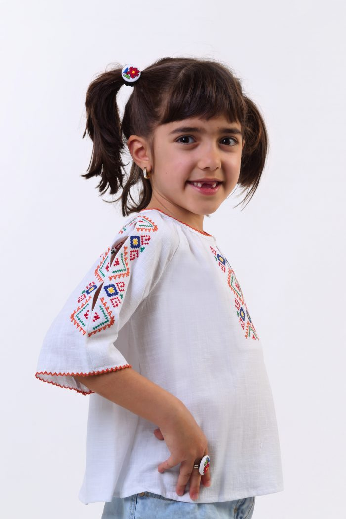 """Детска риза """"Пъстра плетеница"""" 3"""