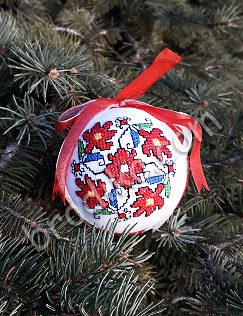 "Коледна украса за елха ""Дрянов венец"" 3"