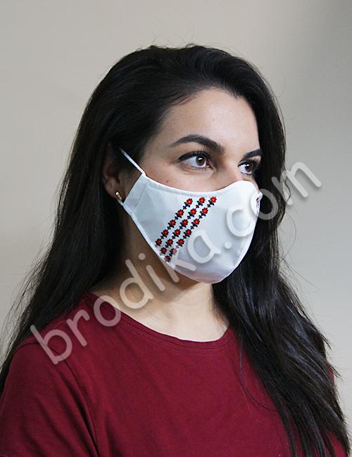 """Трислойна предпазна маска за лице """"Три китки червени лалета"""" 2"""